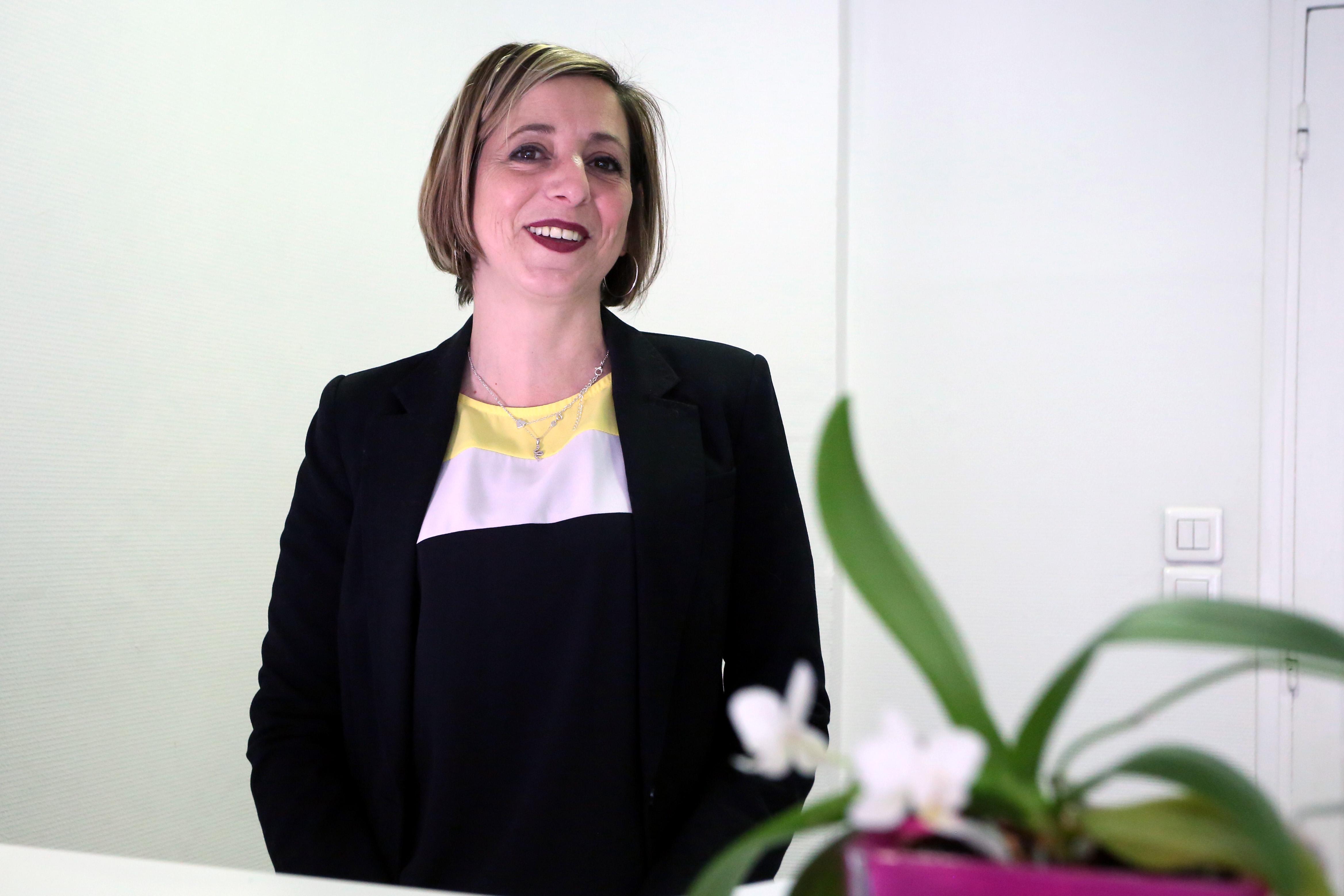 Mme Severine NOZIERES